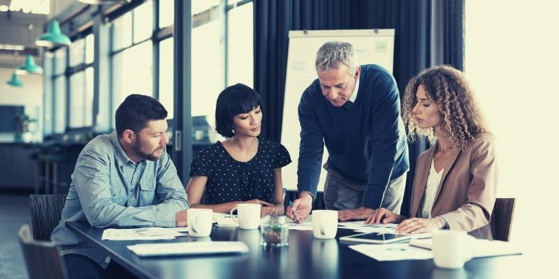 Implementing change management for projects and programmes