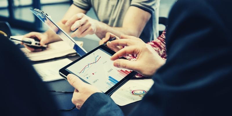 Choosing the right change management measurement metrics - Cavendish Wood Blog